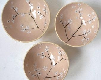Set of 3 small bowls