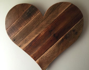 Rustic Reclaimed Large pallet wood Heart - wall hanging, garden decor, home decor, wall art, Valentine's Day, wedding