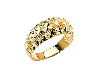 14k yellow gold diamond cut ring.