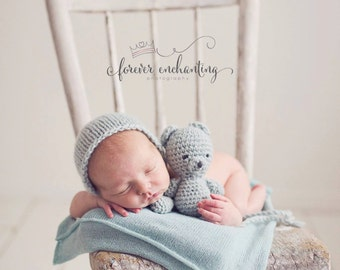 Newborn knit buddy bear set