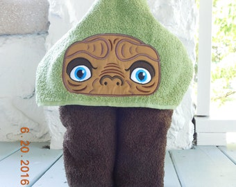 Friendly Alien Hooded Bath Towel, Children's Hooded Towel, Bathtime Fun Gifts, Children's Gifts, extraterrestrial, Alien Go home, Phone Home