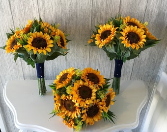 Artificial sunflower bouquet finished with lace - Price is for 1 bouquet