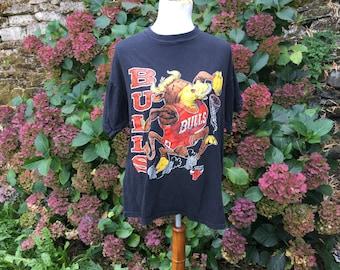90's Bulls T-shirt // Chicago Bulls // Large // XL //