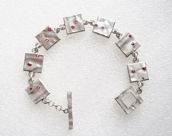 BICHE DE BERE - Limited edition silver plated bracelet with square links signed