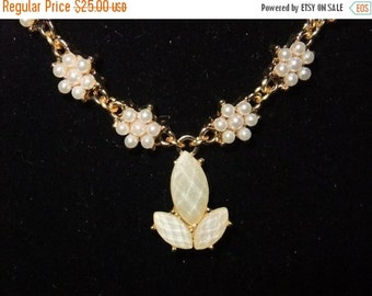 ON SALE Champagne & Pearl Necklace