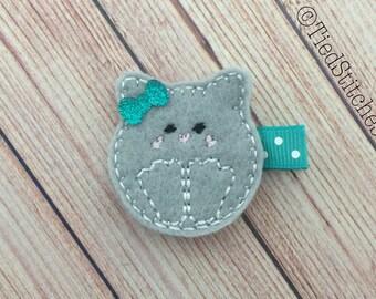 Cat hair clip - Kitty hair clip - Kitten hair clip - Kitty Cat hair clip - Feltie hair clip - Felt hair clip - Clippy