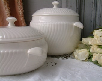 One Antique creamware ironstone soup tureen. Boch Frères Louvière 1930s art deco creamware. Creamware tureen. White art deco tureen