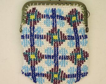 beaded purse, with a geometric motif