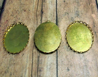 Brass Lace Edge Setting 1 Loop, Oval Lace Edge Setting, Cabochon Setting, Large Cabochon Setting, Brass Cabochon Setting, 30x40mm