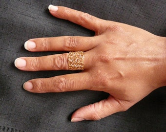 Crochet gold plated ring /// flexible crochet ring /// handmade ring with metal ///