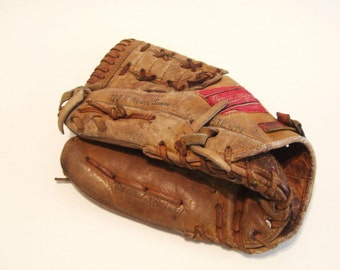 Vintage Rawlings Baseball Glove Japan Fastback Model Billy Williams GJPB Rt Hand