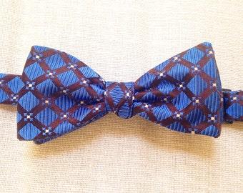 Indigo Lapis  (self tie silk bow tie)