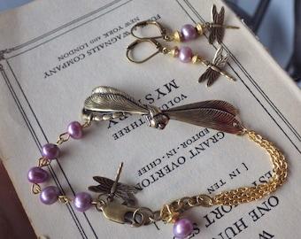 Dragonfly Bracelet ~ Lavender Pearl ~ SET ~ Purple Bracelet ~ Dragonfly ~ Vintage Style ~ Freshwater Pearls ~ by LadyofTheLakeJewels