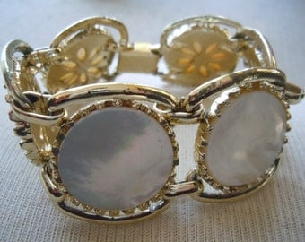 Vintage MOP Mother of Pearl Wide Chunky Gold Tone Bracelet 7.5 inches