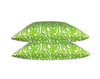 1 KIMONO pillow green ornament graphically 50 x 50 cm