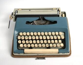 Vintage blue typewriter Maritza 12, vintage manual typewriter, soviet blue typewriter, mid century typewriter, vintage typewriter soviet