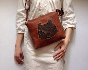 Brown Leather Bag, Cross Body Bags, Zipped Bags, Full Grain Bag, Depressed Leather, Bears, Small Pouch, Purse, Messenger Bag