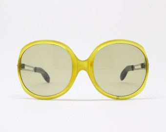 70s vintage sunglasses, oversized round glasses, yellow frame, original eyewear