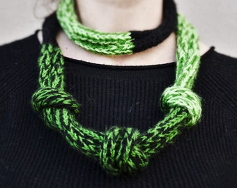 Knitted necklace Infinity scarf necklace Chunky necklace Circle scarf Multicolor scarf Knot scarf