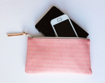 Leather pouch, cosmetic bag, pencil case, vegetable tanned leather, leather print, pastel color leather, supple leather, cotton lining, zip