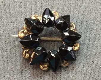 Dainty Victorian Mourning Brooch