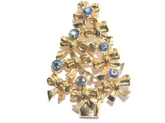 Vintage Avon Christmas Tree AB Rhinestone Brooch By