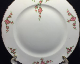 H008  Heinrich and Co. 10 pc dinner plates