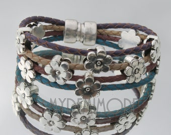 Leather Bracelet, braided with flowers