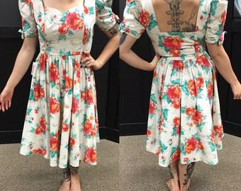 Vintage 1950s beige floral dress