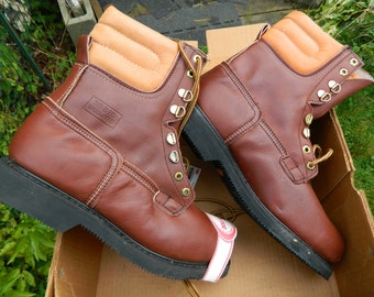 1990's Carolina Insulated Work Boots / Stock # 174 / ANSI Certified Safety Toe / Made in U.S.A. / US Men: 11 EE / Deadstock Condition