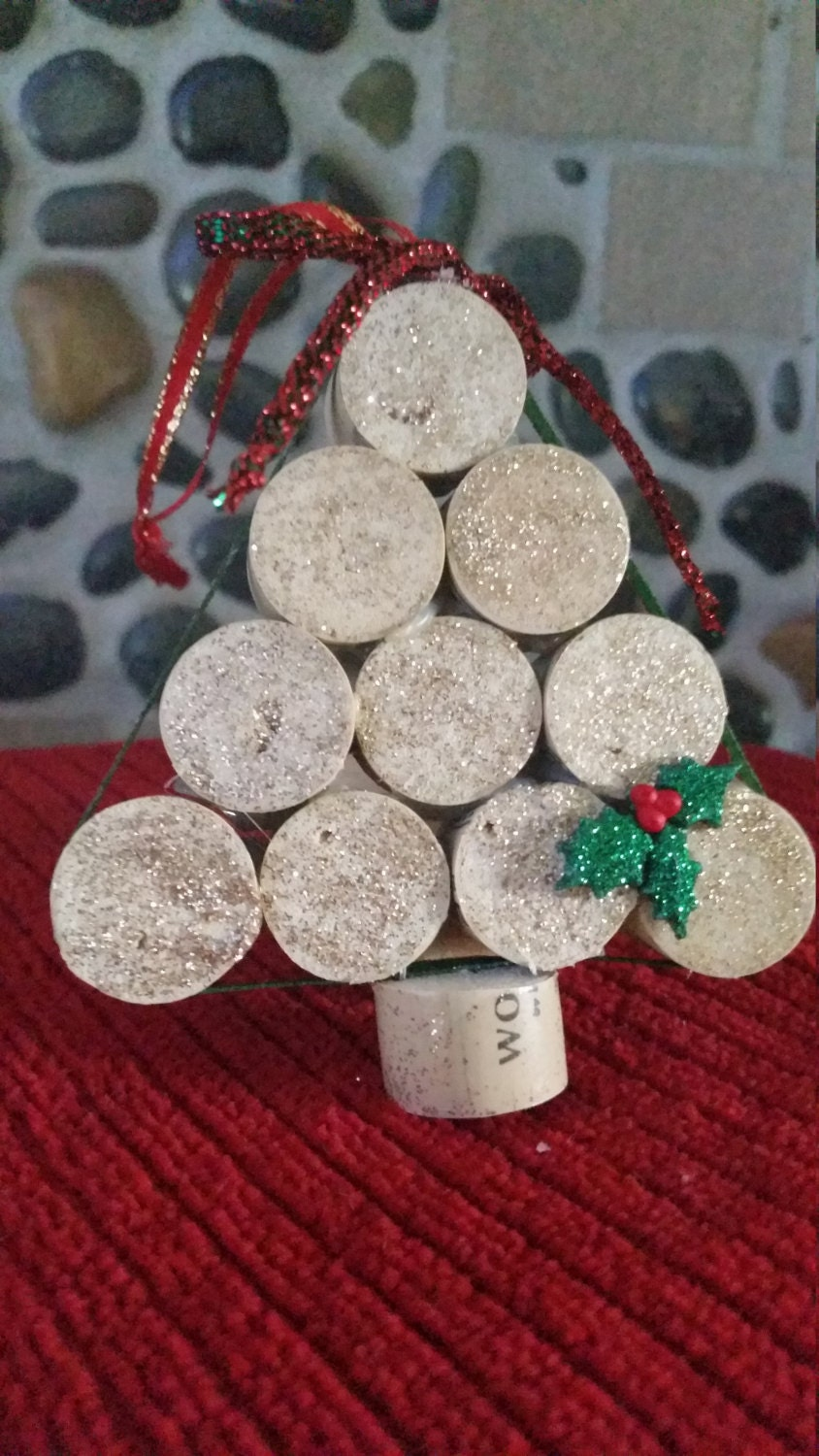 wine cork ornament christmas tree ornament gold by beautyhurts. Black Bedroom Furniture Sets. Home Design Ideas