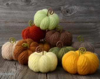 Knitted pumpkins Set of 3,5,7 or 10, MADE TO ORDER, Fall Autumn home decor, Thanksgiving, Halloween, Earth tones, Gift, NeighborKitty, wool