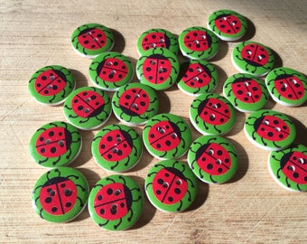 10 Round Wooden Beetle Buttons Sewing Crafts Scrapbooking Cards Novelty CH122