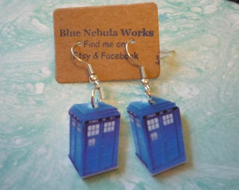 Tardis earrings, Tardis jewelry, Doctor who earrings, Doctor who jewelry, doctor who tardis, doctor who cosplay, doctor who gift, acessories