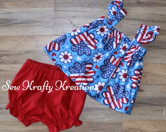 Baby Girls's 2 Piece Set - Red, White & Blue Flowers with Red Ruffle Cotton Shorts