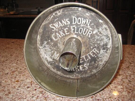 Antique Swans Down Cake Pan