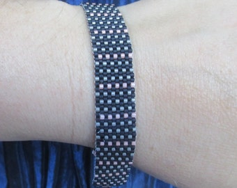 And a one, two, three, four! Bracelet