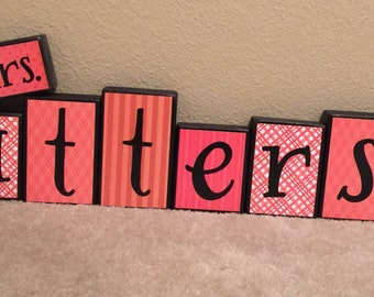 Teacher's Name blocks - red/black themed