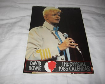 vintage 1985 the official david bowie poster calendar   just reduced!!!!  was 55.00  now 25.00