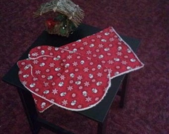 New Handmade Cotton & Terrycloth Burp Cloth and  Bib-Red w/Snowflakes and Snowmen