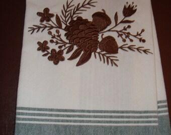 acorn and leave rustic dish towel