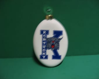 A 4 inch ceramic Kentucky Wildcat hanging ornament...Awesome!!!
