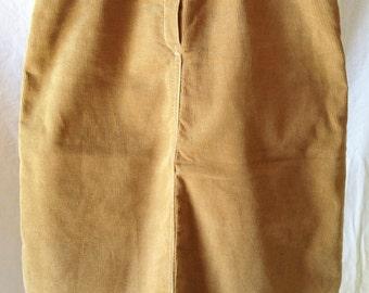 Vintage skirt, beige / mustard, corduroy, Lee Cooper, T-34/36.