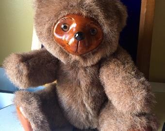 SHERWOOD Robert Raikes Bear, 1985 Applause Bear - Item No. 5452 w/Jointed Arms Legs & Wooden Face Feet