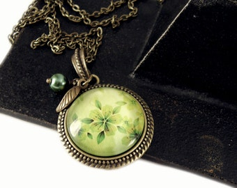 Green Floral Necklace, Vintage Necklace, Bronze, Steampunk Necklace, Necklace with Beads, Charms, Pearl, Victorian, Green Flower Jewerly