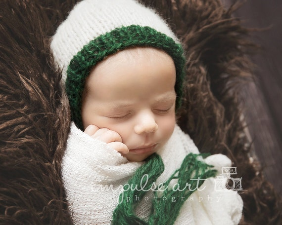 Pattern - Soft Two Toned Newborn Bonnet Knitting Pattern