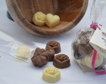Chocolate Hearts and Flowers Gift pack