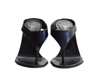 Vintage Shoes, Women's Sandals, Thong Sandals, Alexander McQueen Vintage Sandals, Black Sandals, Black  Heels, Designer Sandal, High Heels