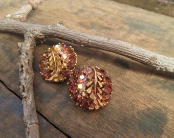 vintage gold tone bsk leaf and amber clip earrings