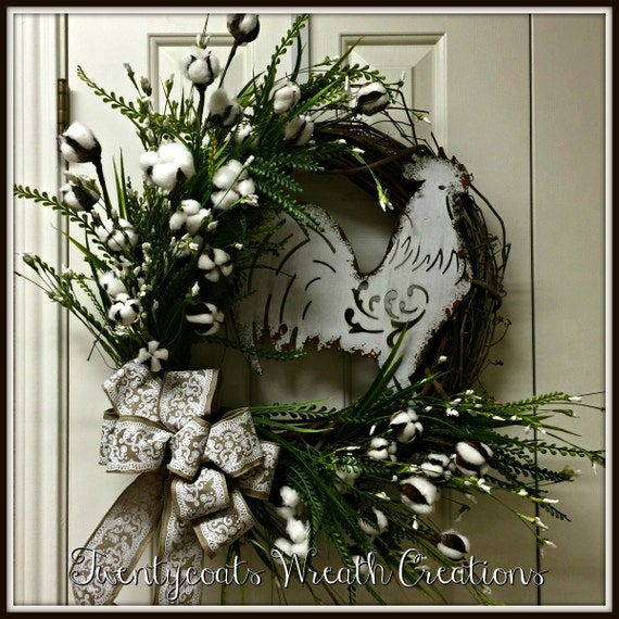 Farmhouse, grapevine, cotton boll wreath with white chippy metal rooster